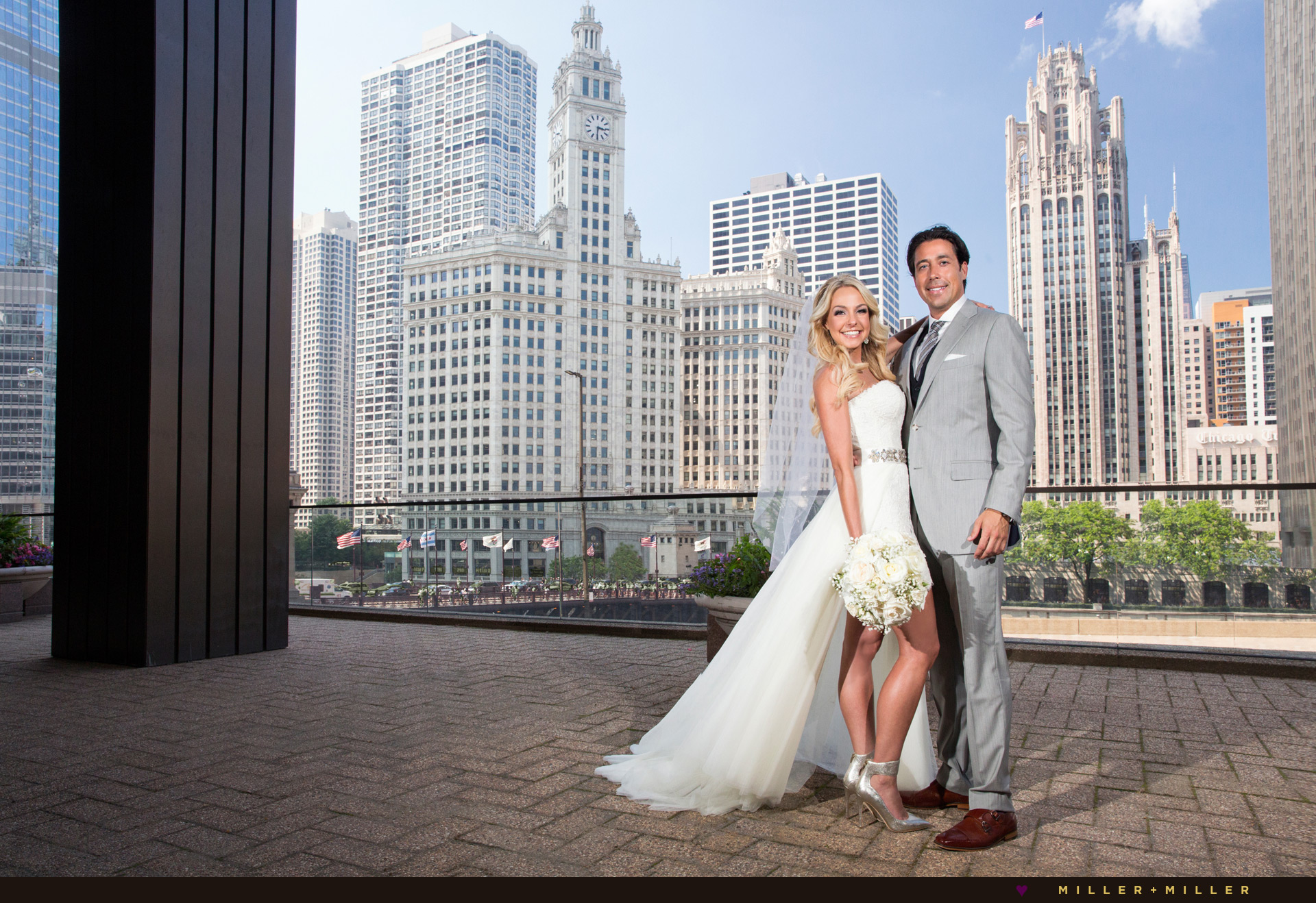 Chicago wedding photography wrigley tribune building