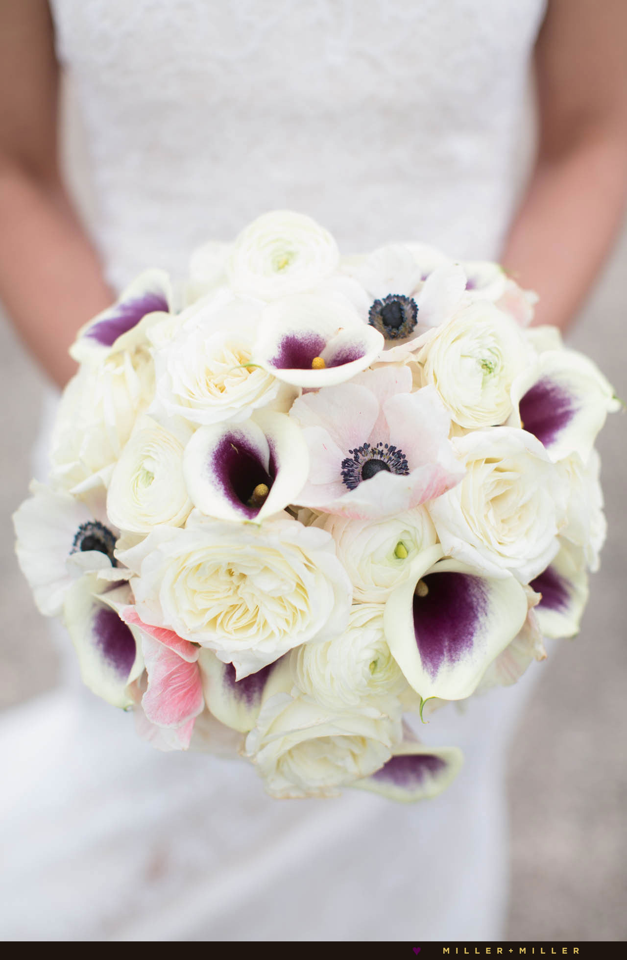 bride purple white bouquet