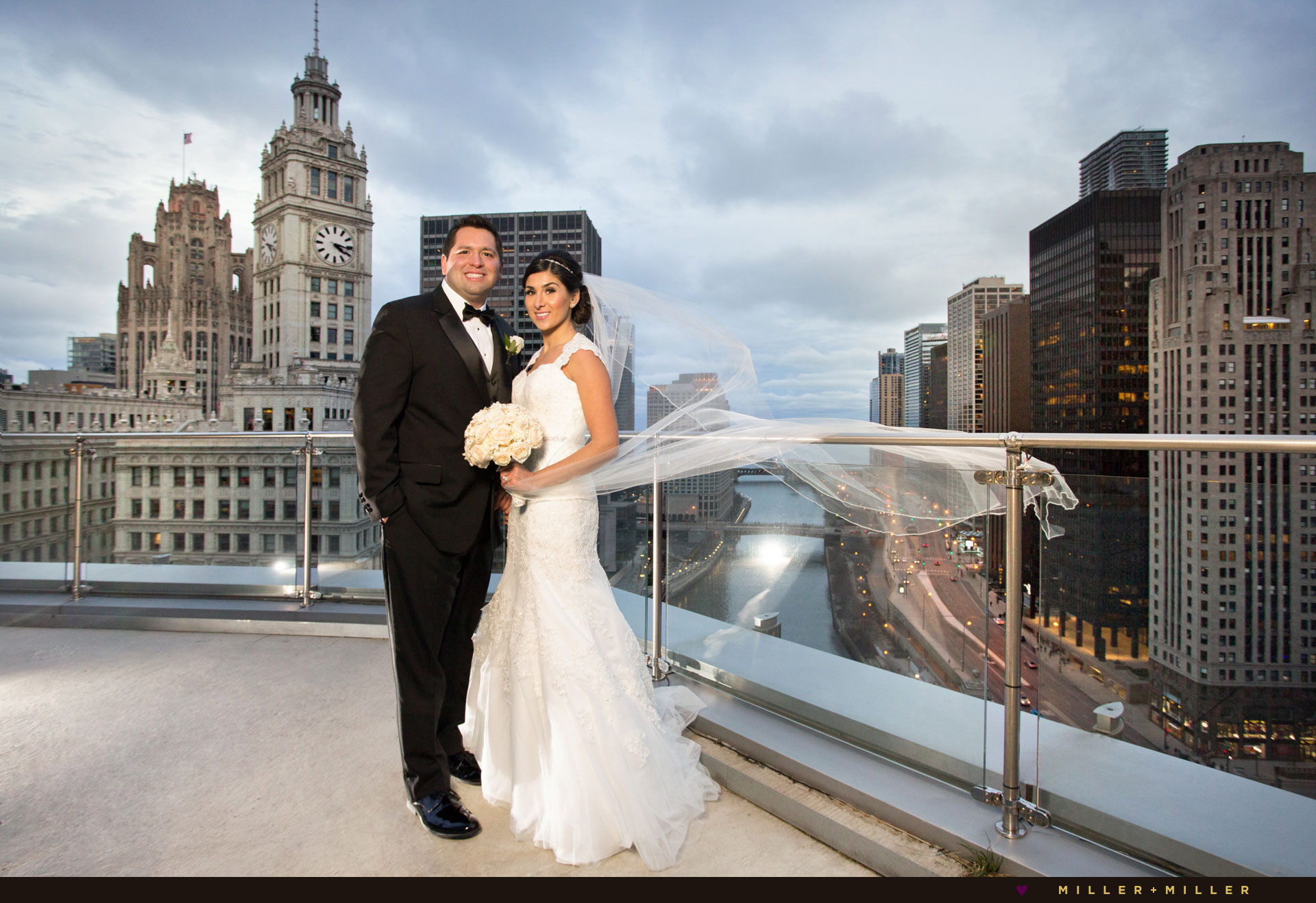 photography luxury Trump Chicago terrace wedding