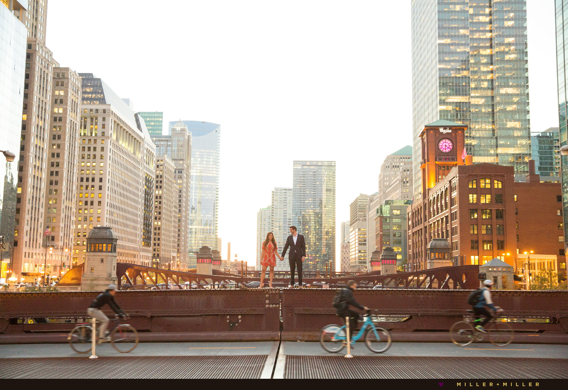 chicago-engagement photos-best-skyline photographs