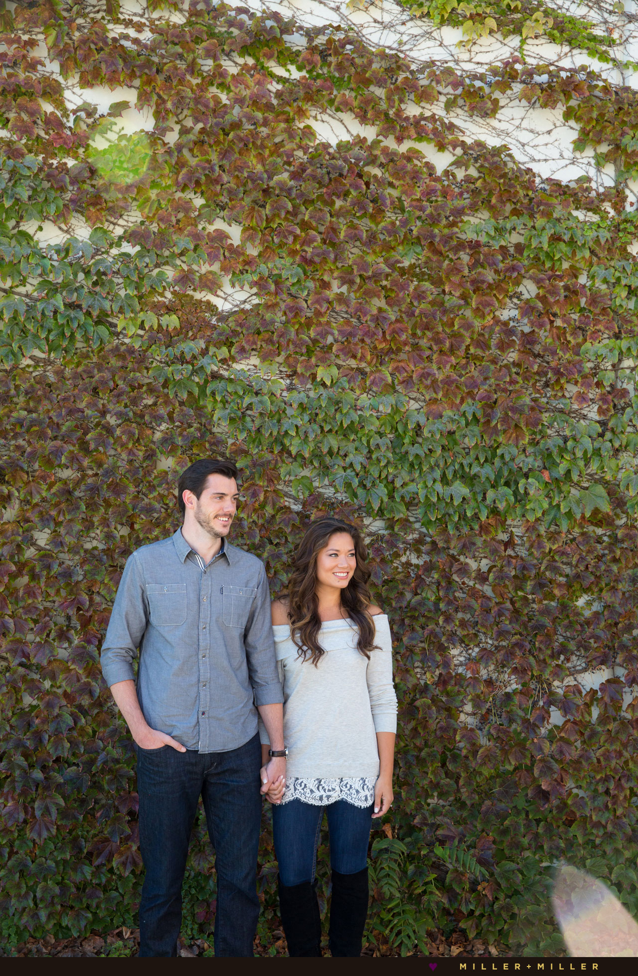 engagement-photos-fall-ivy-leaves