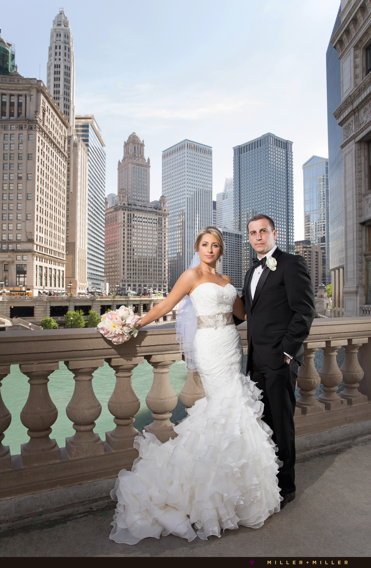 Chicago wedding portraits skyline