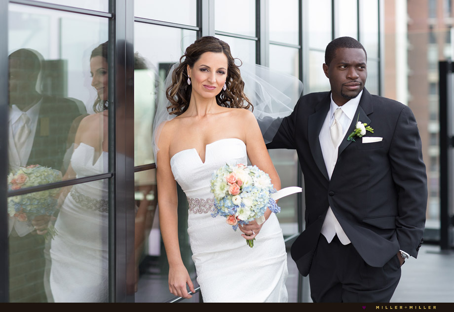 rooftop-hotel-bride-groom-photos